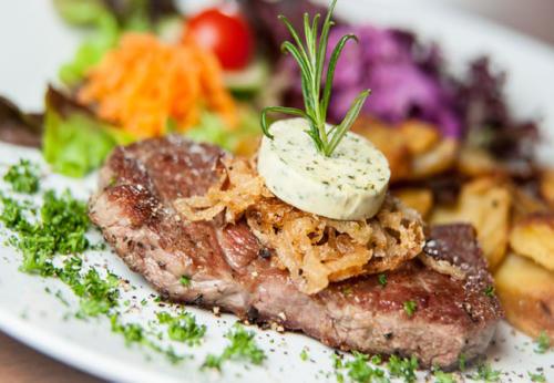 Bild Teller mit Steak